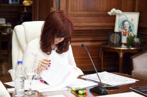 Cristina ligó a los fondos buitres con el armado de la causa en la que se la acusa de encubrimiento.