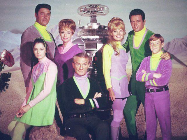 """La serie """"Perdidos en el espacio"""" se estrenó en 1965 y tuvo tres temporadas. Angela Cartwright y Guy Williams encabezaban el elenco."""