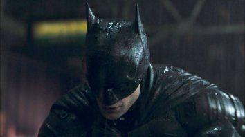 Robert Pattinson se calzó el traje del Caballero Oscuro en la nueva película de The Batman.