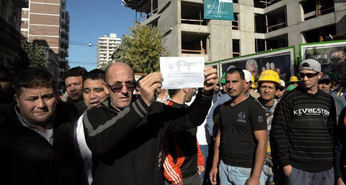 Denuncian que en Rosario cerca de 4.500 albañiles trabajan en negro