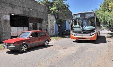 Intensas gestiones para que la línea 133 negra de Rosario llegue a Funes