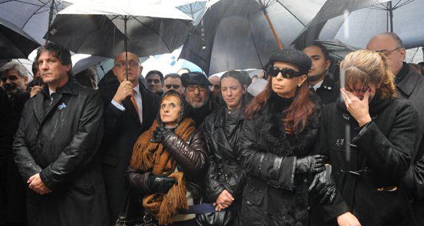 Presidenta, agradecemos su presencia pero no es suficiente, queremos Justicia
