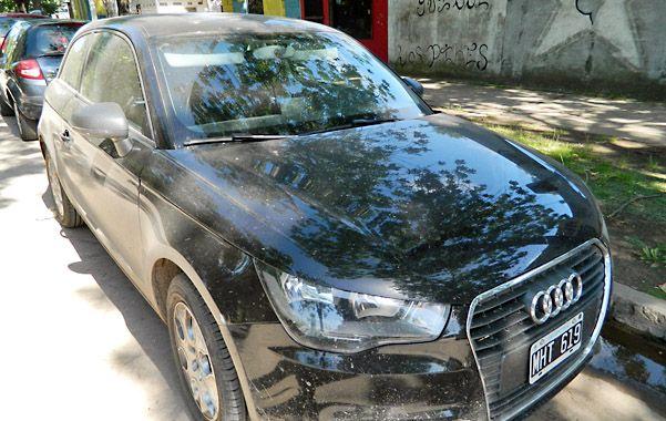 El audi. Este vehículo fue robado el domingo a una familia de Funes. Lo tenía una persona detenida el miércoles.