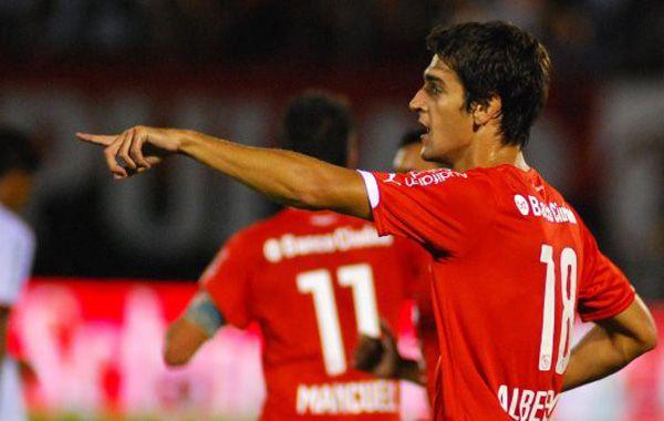 Lucas Albertengo tendrá esta noche como compañero de ataque a Diego Vera