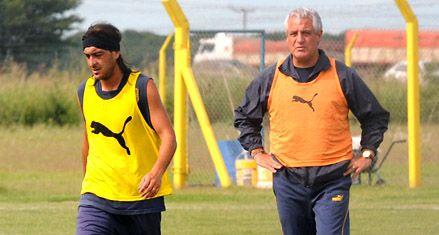 Central: Rivarola hizo fútbol pero Rivoira lo descartó para preservarlo