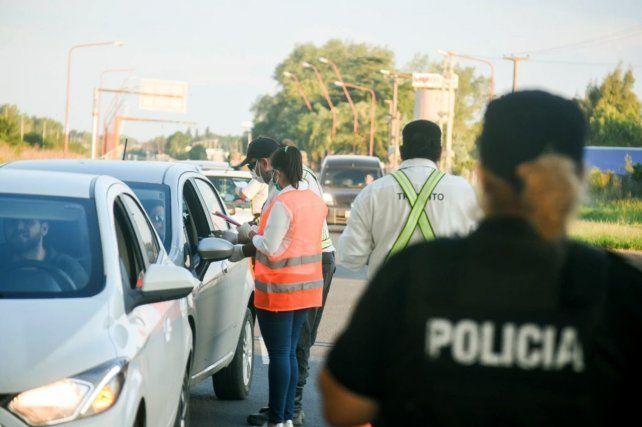 Los controles realizados durante el fin de semana permitieron además detectar seis casos de conductores cuya prueba de alcoholemia les dio positivo.