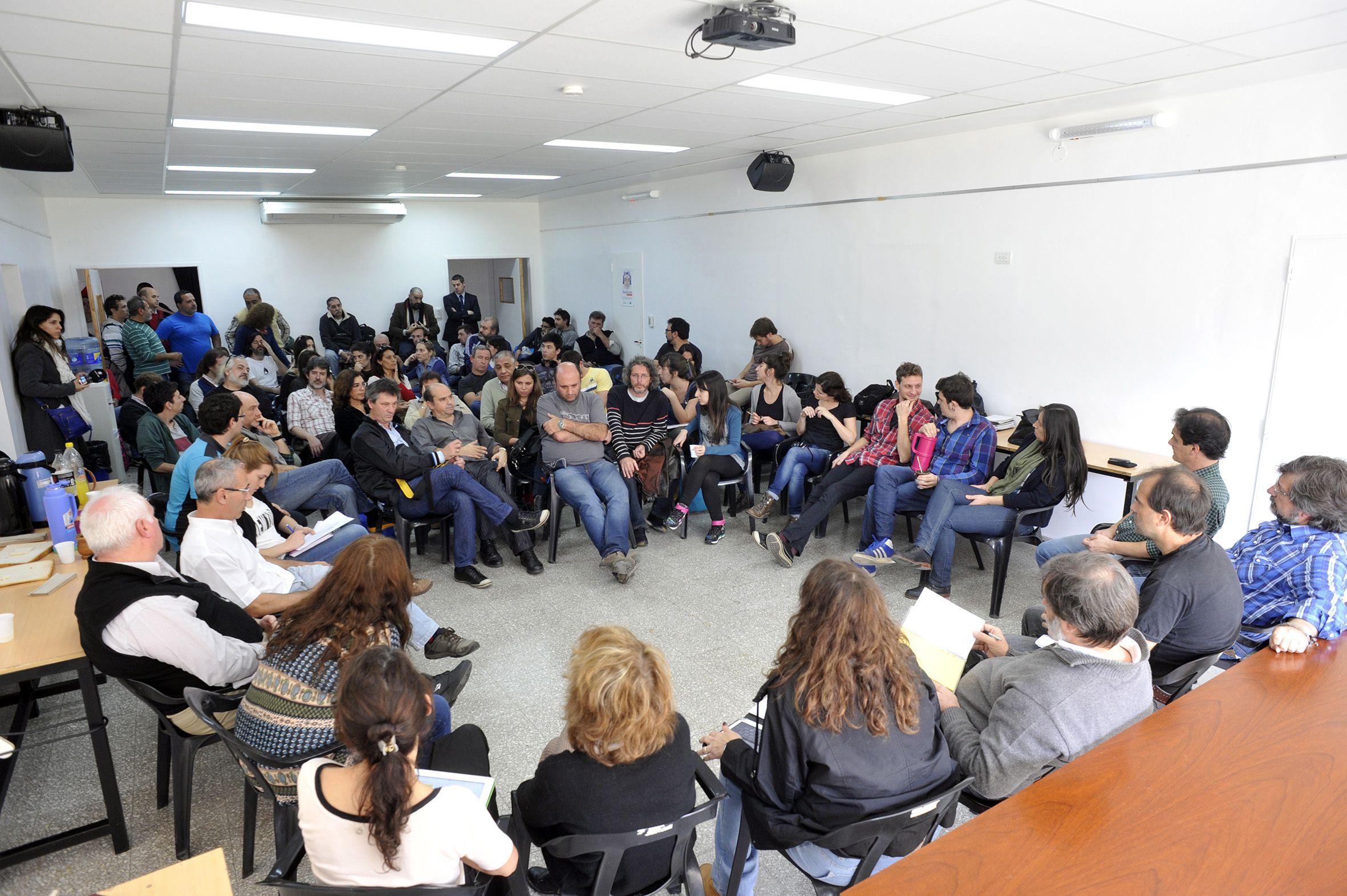 piden medidas. La reunión se desarrolló en el Centro de Formación Profesional Pichincha.