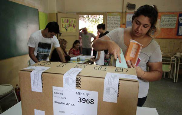 Poder ciudadano. La gente votó el domingo pero deberá esperar para saber el resultado definitivo de su decisión.