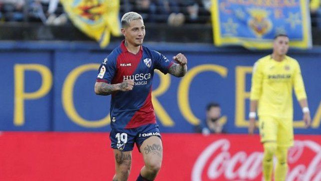 Rosarino for export. El Chimy Avila hizo ayer otro golazo con la camiseta de Huesca