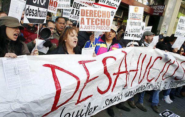 """Bronca. Manifestación en noviembre pasado en las calles de Madrid contra los """"desahucios"""" o desalojos."""