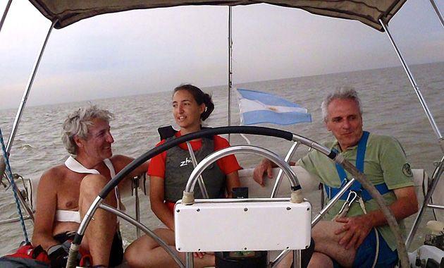 Tres de los cuatro argentinos que desaparecieron con su embarcación el 26 de agosto.