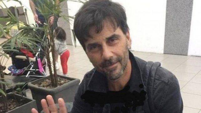 Juan Darthés volvió al país junto a su mujer después de seis meses en Brasil