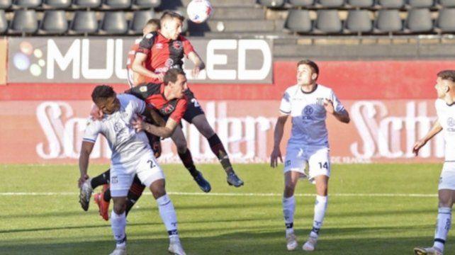 Carta de presentación. Garro ingresó como relevo y anotó frente a Talleres.
