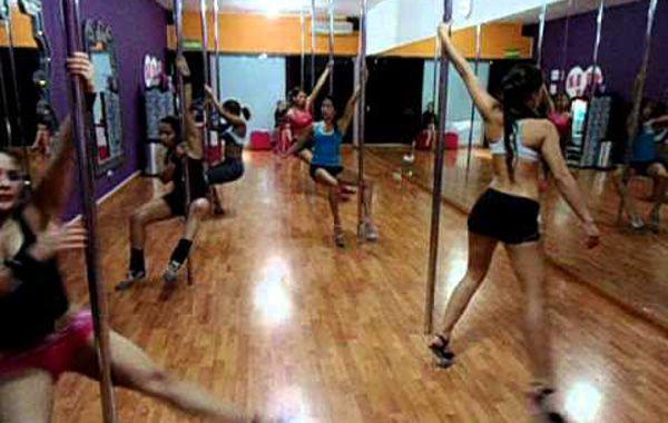 La joven practicaba pole dance desde hace más de cuatro años.