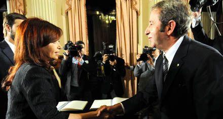 Fin de los rumores: Cobos le tomará el juramento a Cristina
