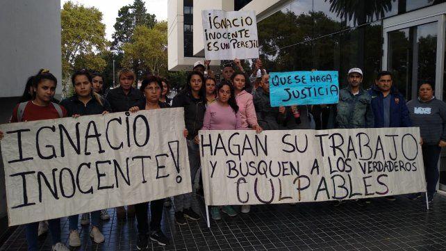 Reclamo. Allegados a Ignacio se quejaron frente al CJP cuando lo imputaron.