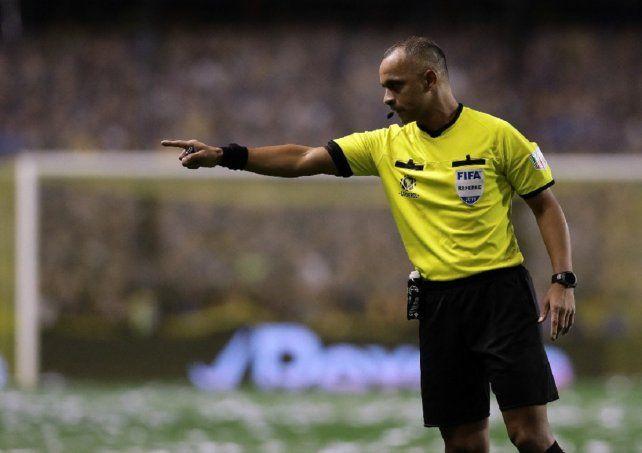 Wilton Sampaio será el árbitro del partido de Argentina ante Ecuador