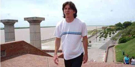 Messi vendría a Rosario para realizar el tratamiento por la lesión