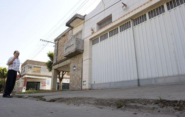 El vecino. Luis fue el primero en asistir a Rubén Alvarez tras el ataque. (foto: Celina Mutti Lovera)