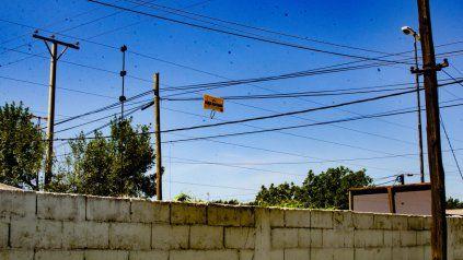 Cansados de los robos, algunos vecinos buscan implementar cualquier alternativa que los desaliente.