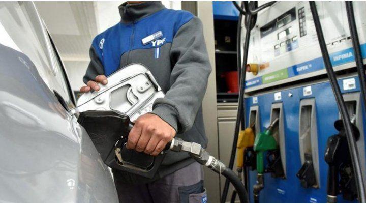 Los precios de las naftas finalmente no aumentaron este sábado en la ciudad de Santa Fe. El incremento se daría en las próximas horas.