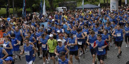 Más de 1200 atletas participaron de la 15º maratón de Canal 5