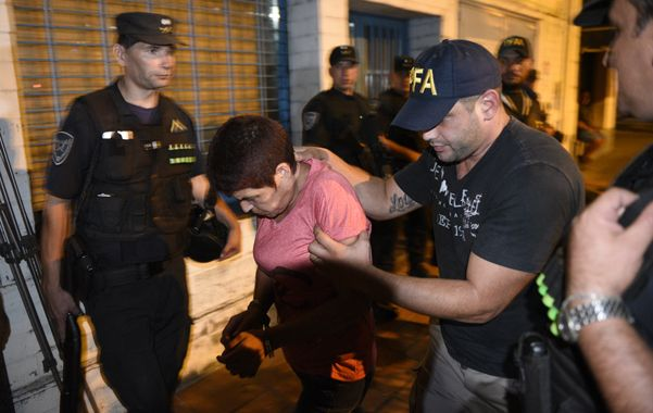 expuesta. Así fue llevada Rosa Camino a la sede de Drogas Peligrosas de la Policía Federal