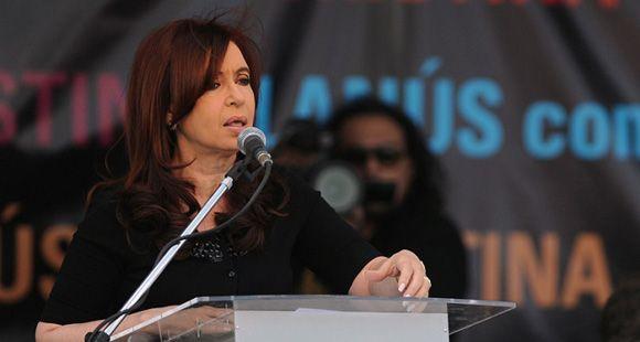 La presidenta dijo que la Argentina es el país que entregó más computadoras a sus jóvenes