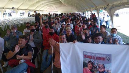 Los estibadores portuarios le ganan una vez más a la lista del ex sindicalista Herme Juárez