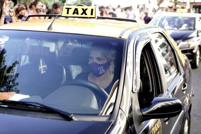 Las integrantes de She Taxis piden que se otorguen de forma extraordinaria las licencias.
