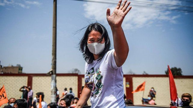 Keiko Fujimori tiene una leve ventaja