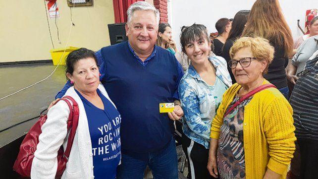 Gestión. Amaro González anunció el aumento en un acto público.