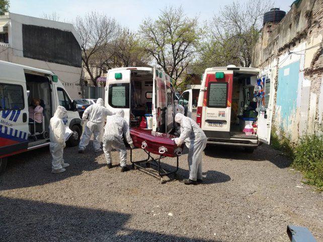MUCHAS MUERTES. Los fallecimientos en la provincia exponen el fatal efecto de la pandemia.