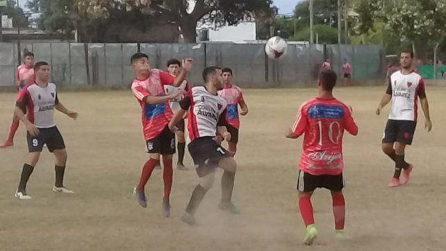 Se juega normal: El fútbol local se disputará en sus tres campeonatos A