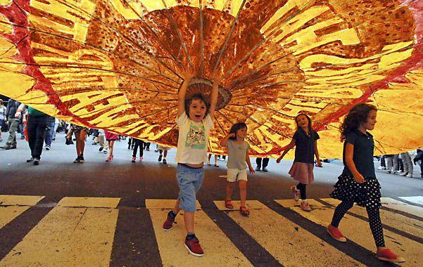 Paren de contaminar. Ayer hubo un histórico y masivo desfile en Nueva York