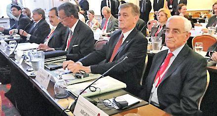 Binner avaló la política del gobierno nacional en el reclamo por Malvinas