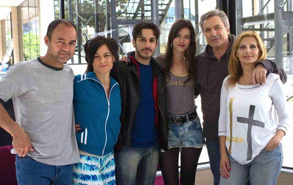 El elenco. Carlos Santamaría