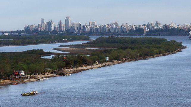 La agrupación ambientalista El Paraná no se toca organiza un abrazo al humedal bajo la consigna ley de humedales ya.