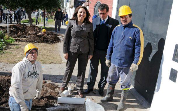 Recorrida. La intendenta y el secretario de Gobierno visitaron los distintos trabajos en ejecución.