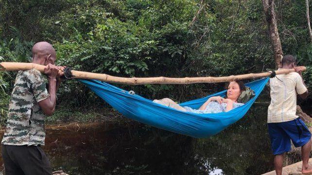 Estrella de Hollywood tuvo un accidente en la selva del Congo y lo mostró en redes sociales