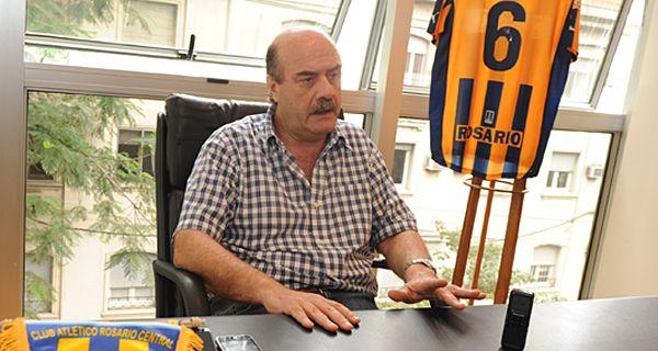 Speciale dijo que la llegada de Equi González es una decisión exclusiva de Pizzi