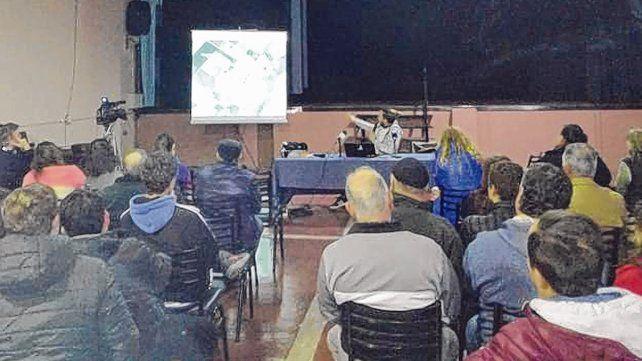 Exposición. Los resultados fueron dados en la Sala de la Cultura de Chabás por Santiago Vittori.