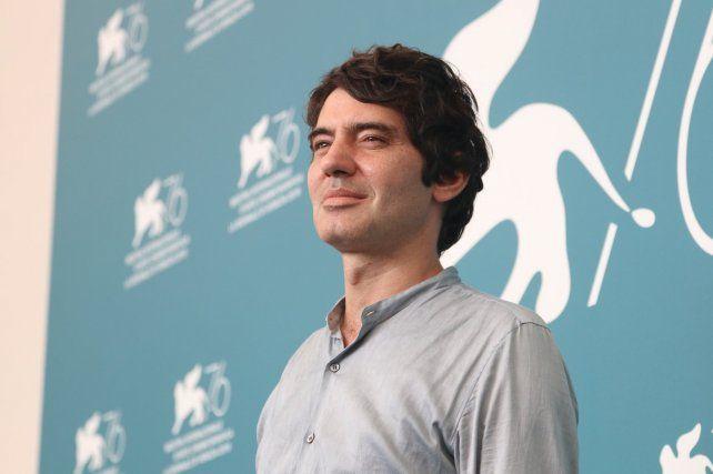 El director Pietro Marcello en el Festival de Venecia.