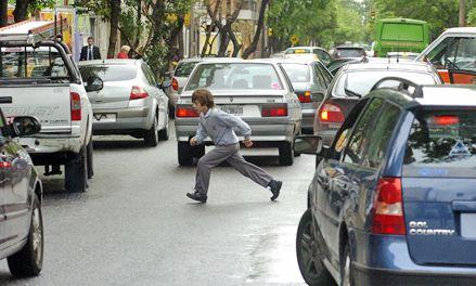 Alarmante crecimiento de las faltas por mal estacionamiento en Rosario