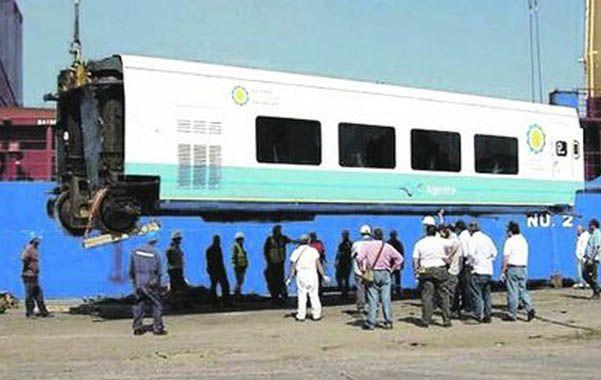La llegada. La primera entrega de 220 coches y 20 locomotoras de última generación fue a mediados de mayo pasado en el puerto de Mar del Plata.
