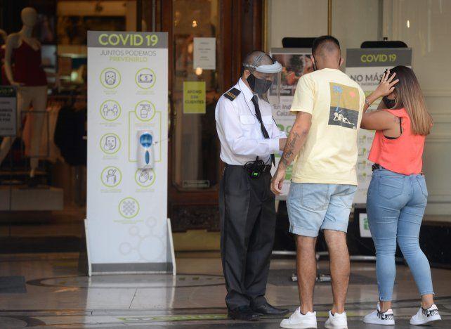 Rosario registró 10 de las 18 muertes por coronavirus de la provincia