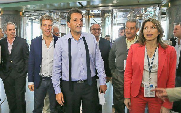 Candidatos. Sergio Massa ingresó al hotel Sheraton