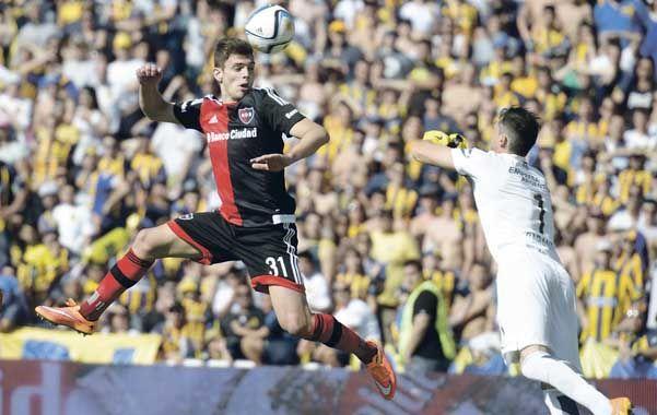 Debut auspicioso. Lucas Boyé tuvo un gran partido ante Central. Hoy tendrá su estreno en el Coloso.