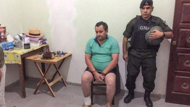 Desde Itatí alpaís protegidos por policías y políticos