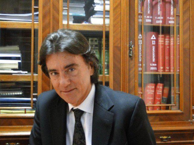 Daniel Erbetta preside la Corte Suprema de Justicia de la provincia de Santa Fe.